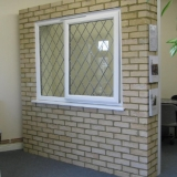 Eurologik window with diamond lead